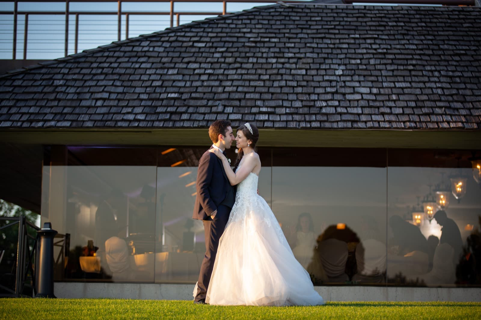 Wedding Pictures at the Glen Abbey Golf Club